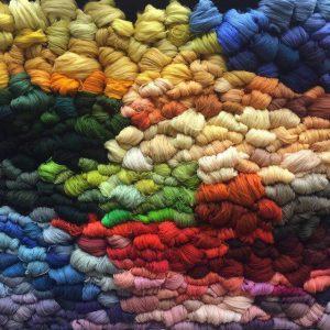 نخ فرش ماشینی - قیمت فرش نمازخانه