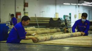 مرحله آهار و تکمیل - فرش ماشینی کاشان